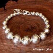 Silver Ball Bracelet Graduated
