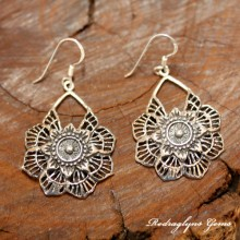 Silver Floral Filigree Earrings