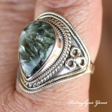 Serpentine Ring Size10