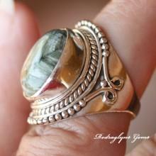 Serpentine Ring Size 6